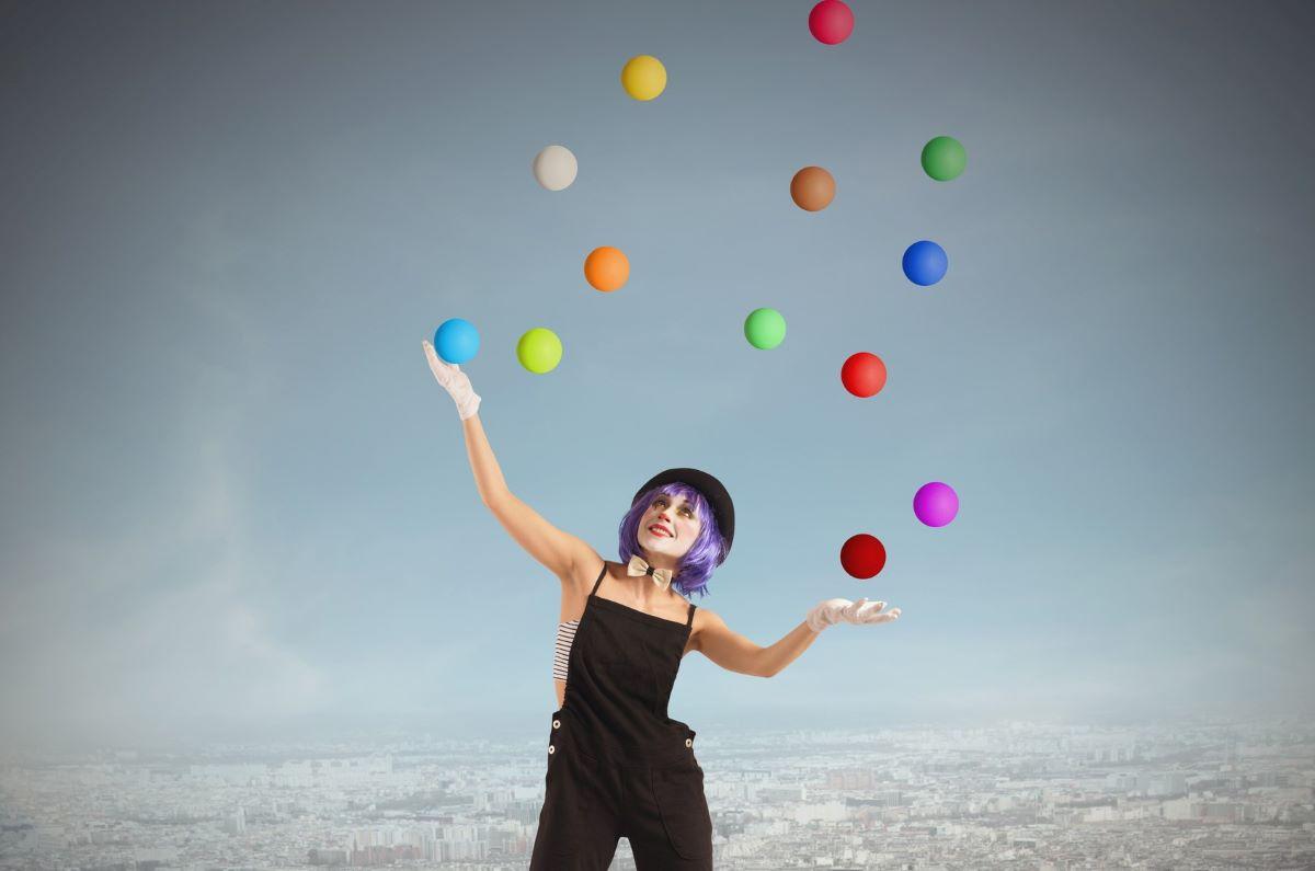 juggle2.jpg