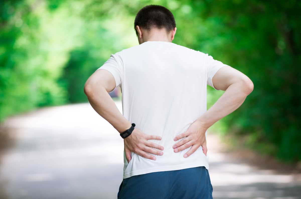 man-with-back-pain.jpg